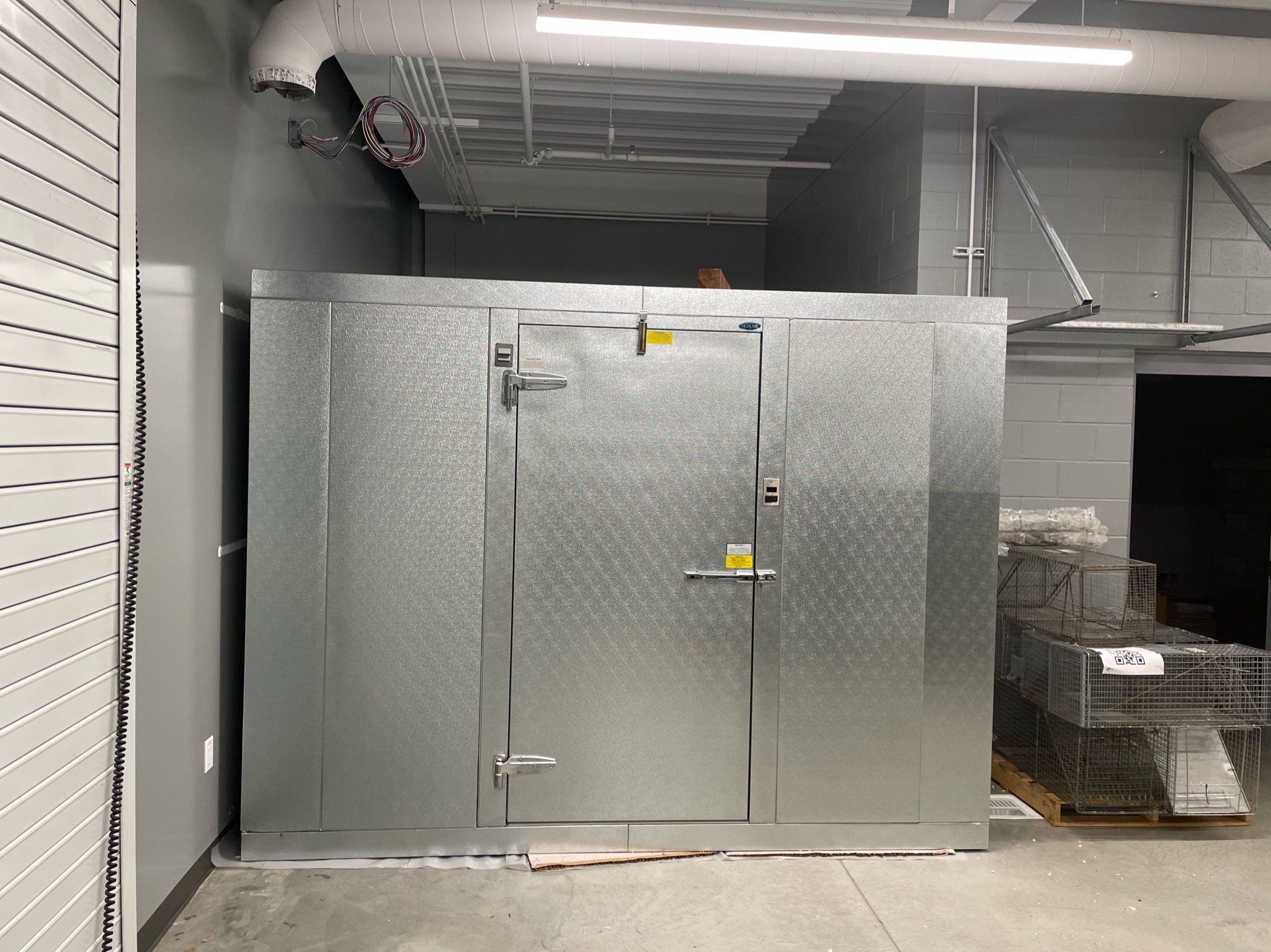 commercial refrigeration services walk in freezer
